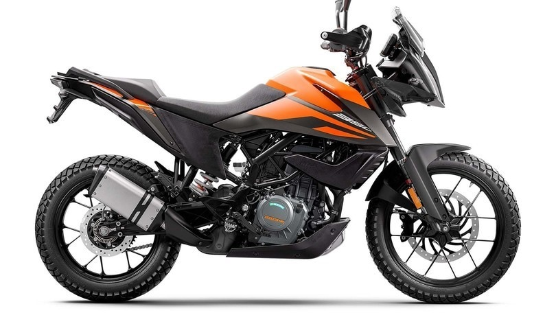 EICMA 2019, scopriamo KTM 390 Adventure e 890 Duke R