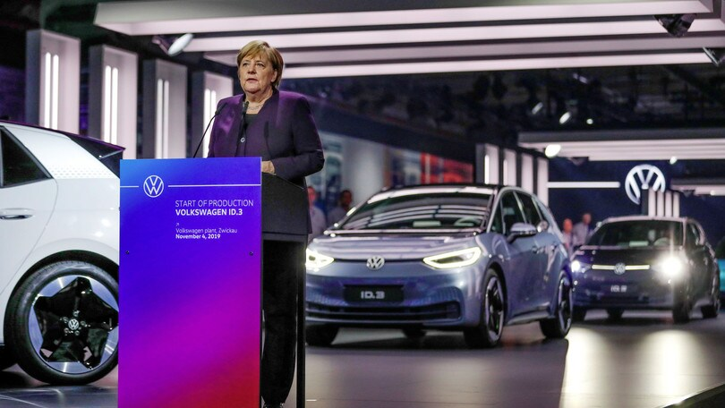 Volkswagen ID.3, al via la produzione a Zwickau con Angela Merkel