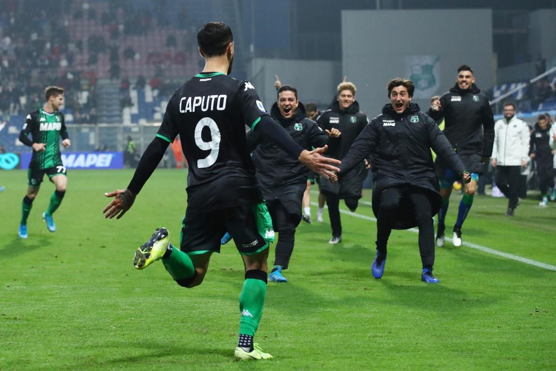 Sassuolo, la notte di Caputo: doppietta nel 3-1 al Bologna