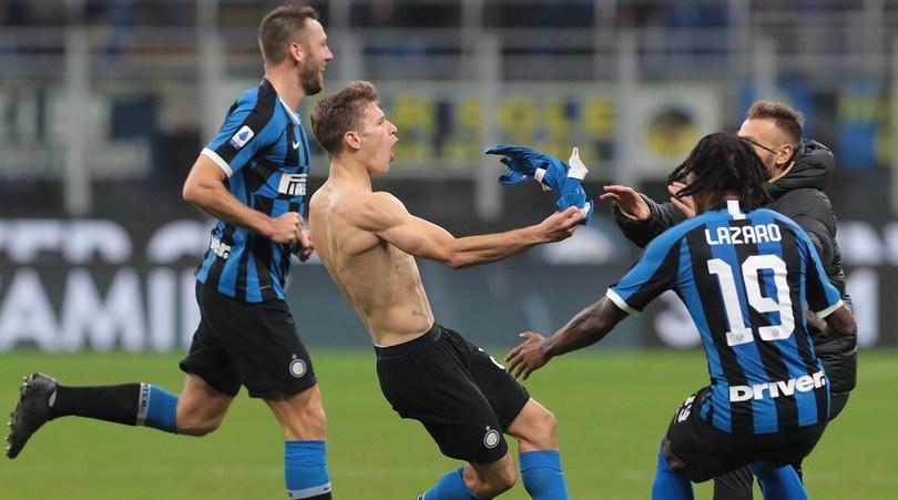 Inter-Verona 2-1: magia di Barella, Conte fa festa e torna primo