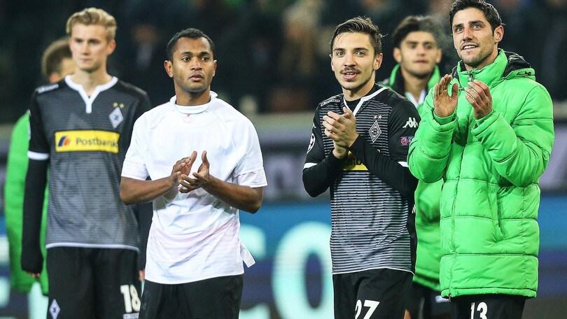 Il Monchengladbach resta primo: 3-1 al Werder Brema. Vince il Leverkusen