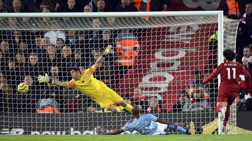 Premier, il Liverpool annienta il City: Guardiola attacca l'arbitro