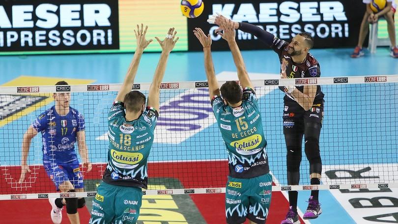 Superlega, Civitanova vince la sfida fra giganti, Modena a punteggio pieno