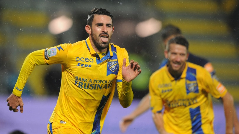 Serie B, il Frosinone in casa è letale: 2-0 al Chievo con Dionisi e Paganini