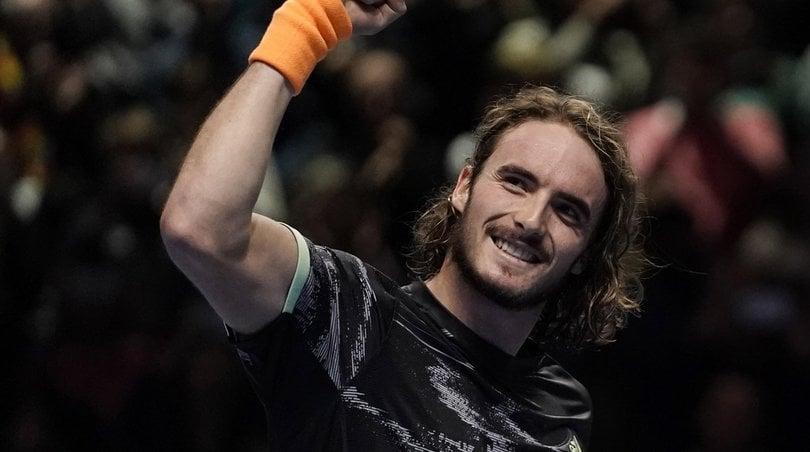 Atp Finals: Federer ko, Tsitsipas vola in finale