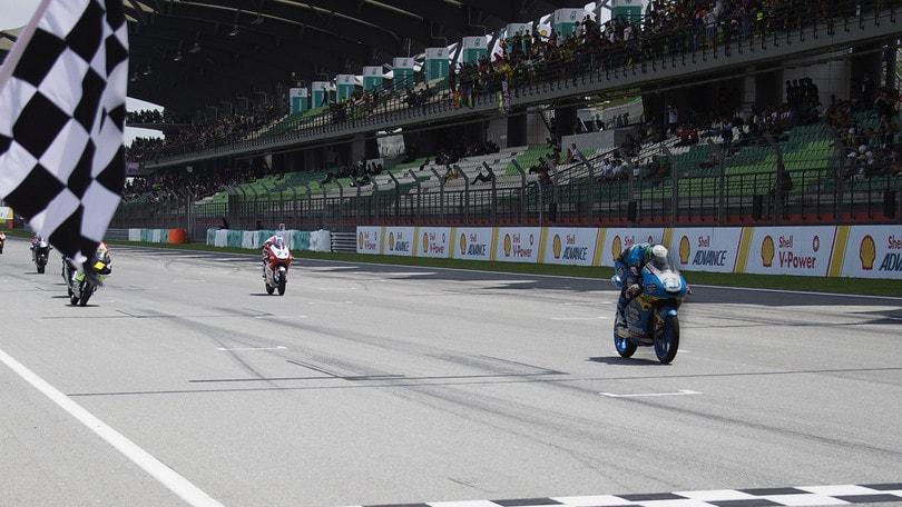 Moto3, Valencia: vince Garcia, secondo Migno
