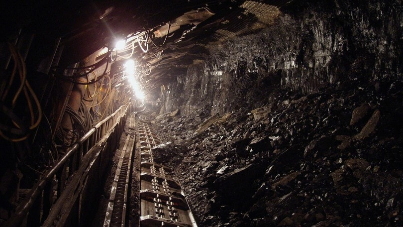 Cina, esplode miniera di carbone: 15 morti