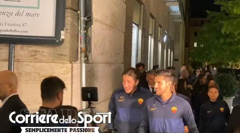 Zaniolo, Pellegrini e Antonucci al Nike Store: delirio dei tifosi