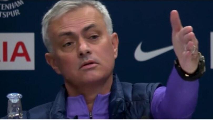 """Mourinho contro il giornalista filosofo: """"Non fategli fare la domanda"""""""