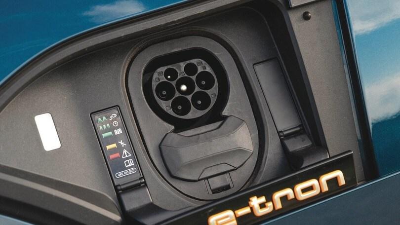 Audi e-tron: la potenza è green