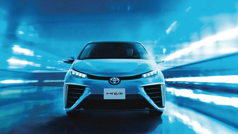 Con Toyota Mirai il futuro è adesso