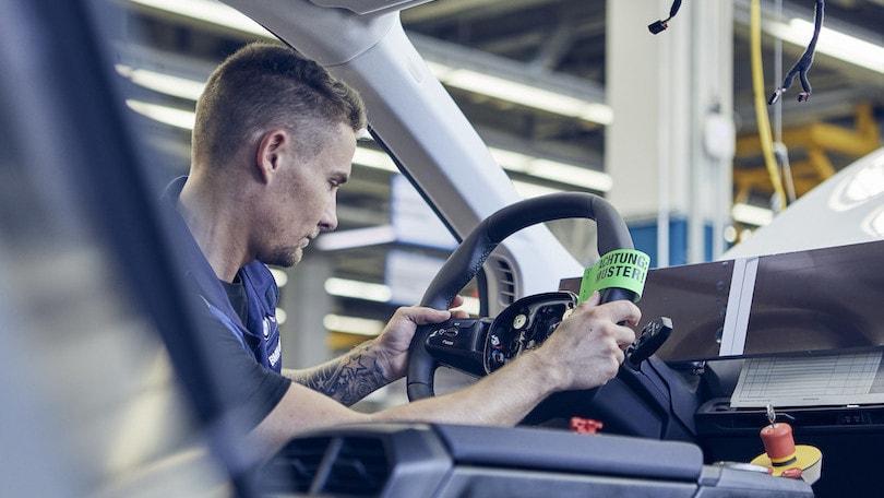BMW iNext, la produzione passa a Dingolfing