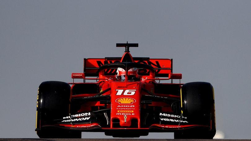 Test Abu Dhabi: Russell comanda sulla Mercedes, fuoripista per Leclerc