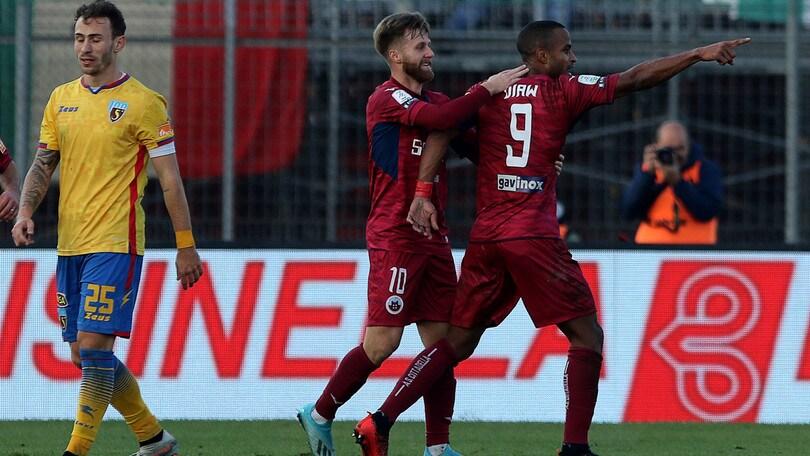 La Salernitana cade a Cittadella, pareggia il Pescara. L'Ascoli perde al 93' con l'Empoli