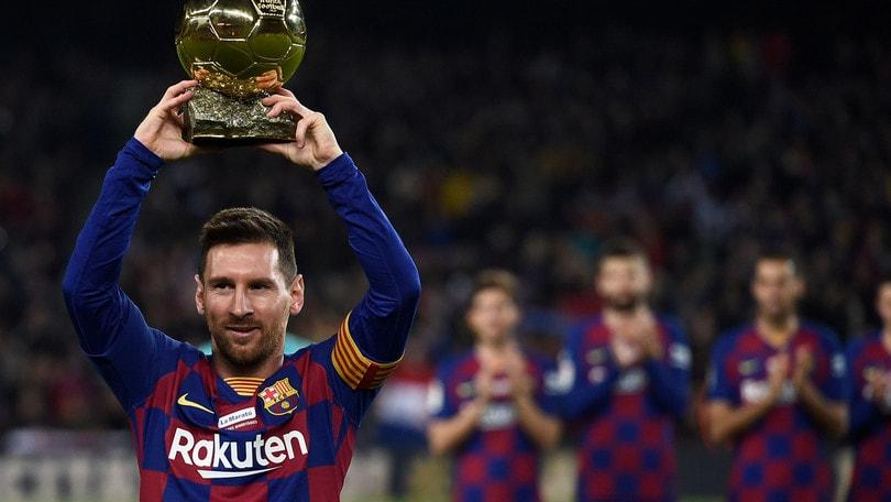 Messi, tripletta da Pallone d'Oro: Barcellona di nuovo in vetta