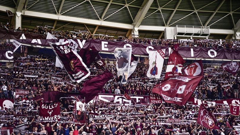 Torino, Cairo contestato prima del derby: