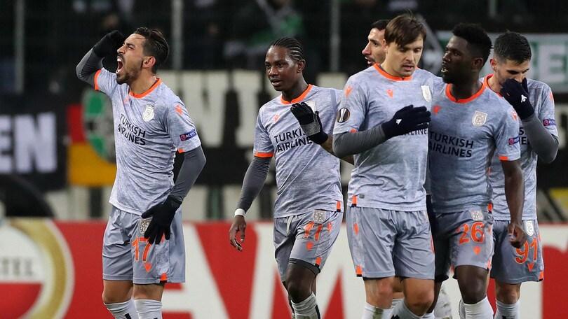 Europa League, il Basaksehir elimina il Monchengladbach. Qualificati Arsenal e Porto