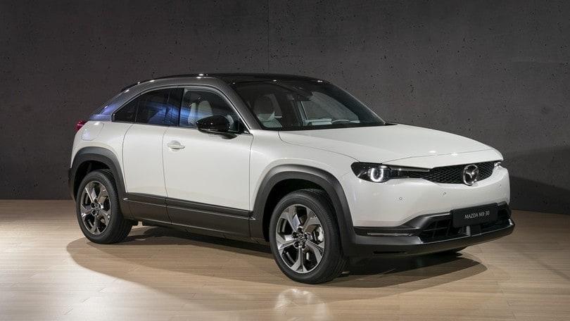 Nuova Mazda MX-30: ecosostenibilità, tutta da guidare