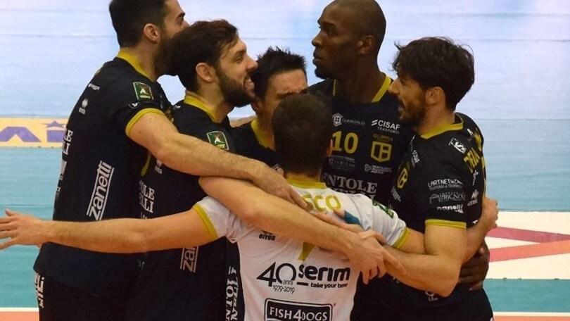 Brescia va avanti poi crolla, il derby è di Bergamo