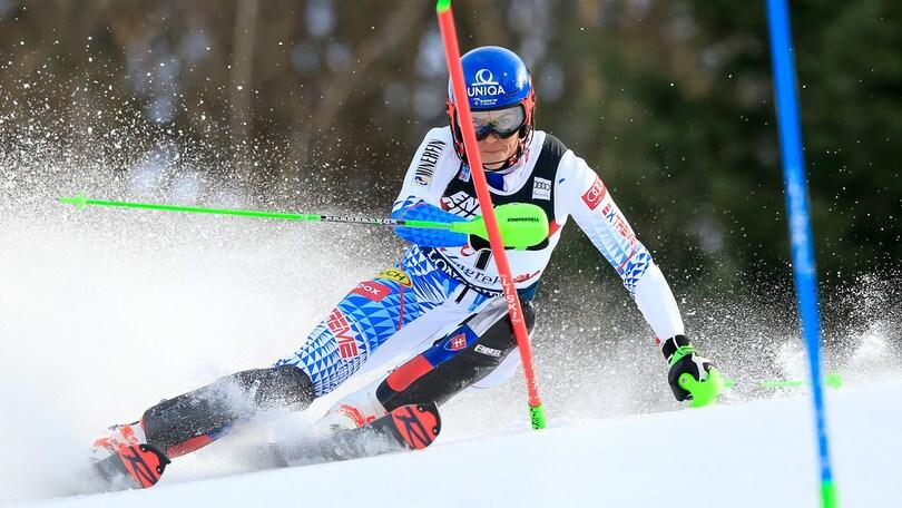 Vlhova domina lo slalom di Zagabria: Curtoni 13ª