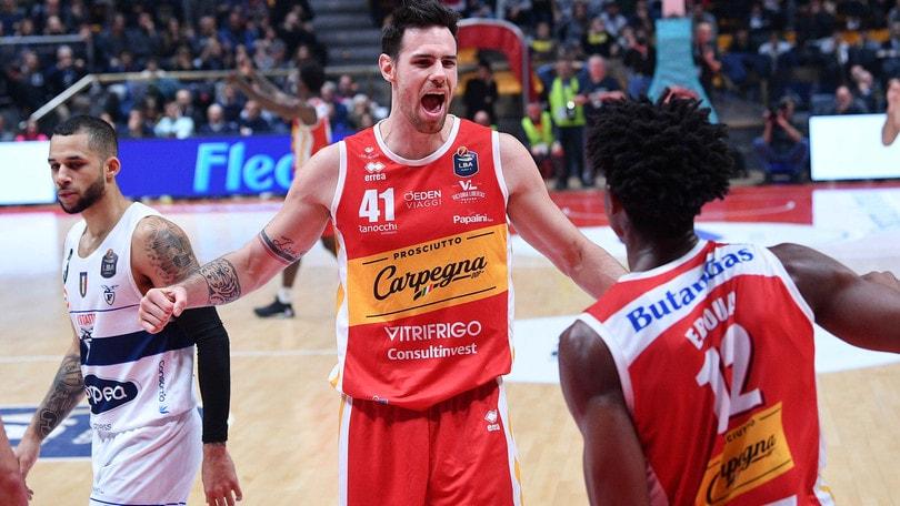Brescia, sesta vittoria di fila. Primo successo per Pesaro