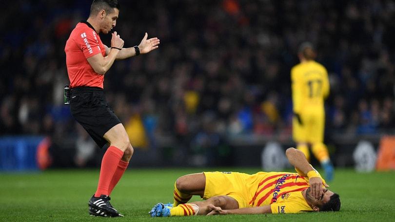 Barcellona, Suarez si ferma per 4 mesi: salterà il Napoli in Champions