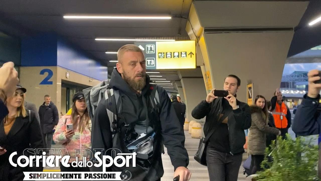 """De Rossi sbarca a Roma: """"Andrò a trovare Zaniolo"""""""