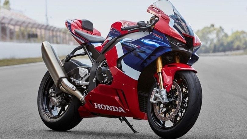 Honda, la nuova CBR 1000 RR-R Fireblade ha un prezzo