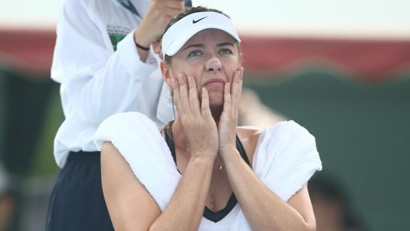 Australia, Sharapova interrompe esibizione per smog da incendi