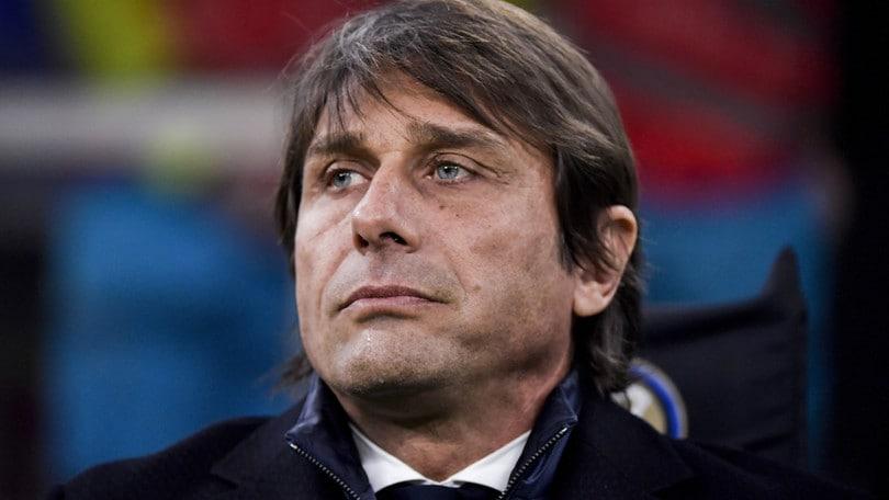 L'Inter frena a Lecce. Milan all'ultimo respiro