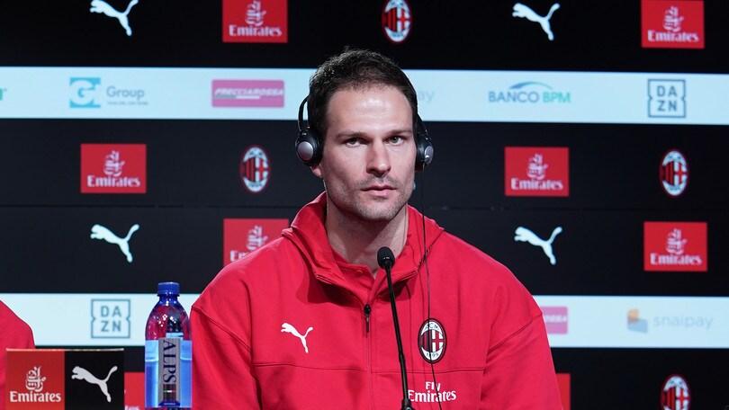 Milan, Begovic si presenta:
