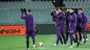 La Fiorentina applaude i tifosi: allenamento a porte aperte