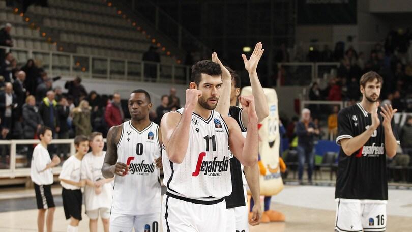 Eurocup, Virtus Bologna vince il derby italiano: Trento ko in casa