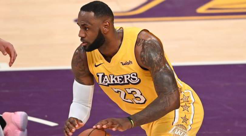 Nba, LeBron James sconfitto e felice: supera Bryant tra i realizzatori di tutti i tempi