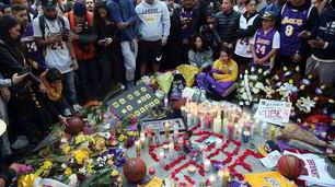 Folla allo Staples Center per ricordare Kobe Bryant
