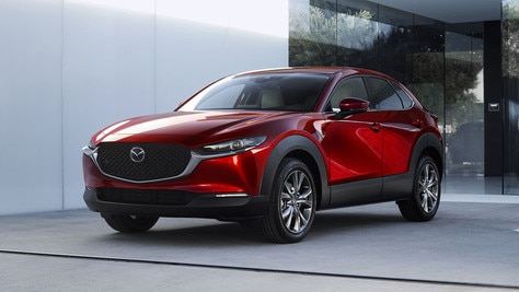 Mazda, la CX-30 si fa ibrida con il motore da 150 CV