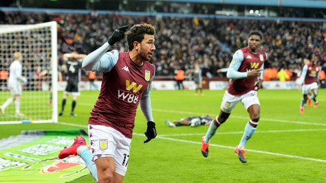 Carabao Cup, Aston Villa in finale. Trezeguet beffa il Leicester al 93'