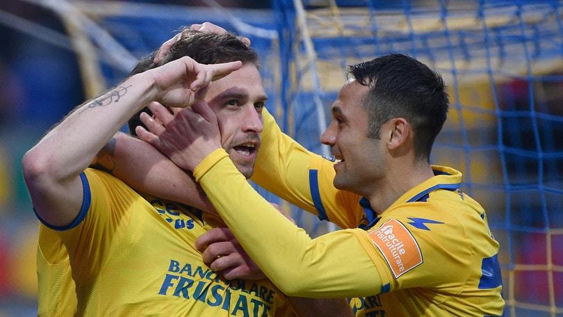 Il Frosinone è terzo: 1-0 all'Entella. L'Ascoli torna a vincere: 3-0 al Livorno