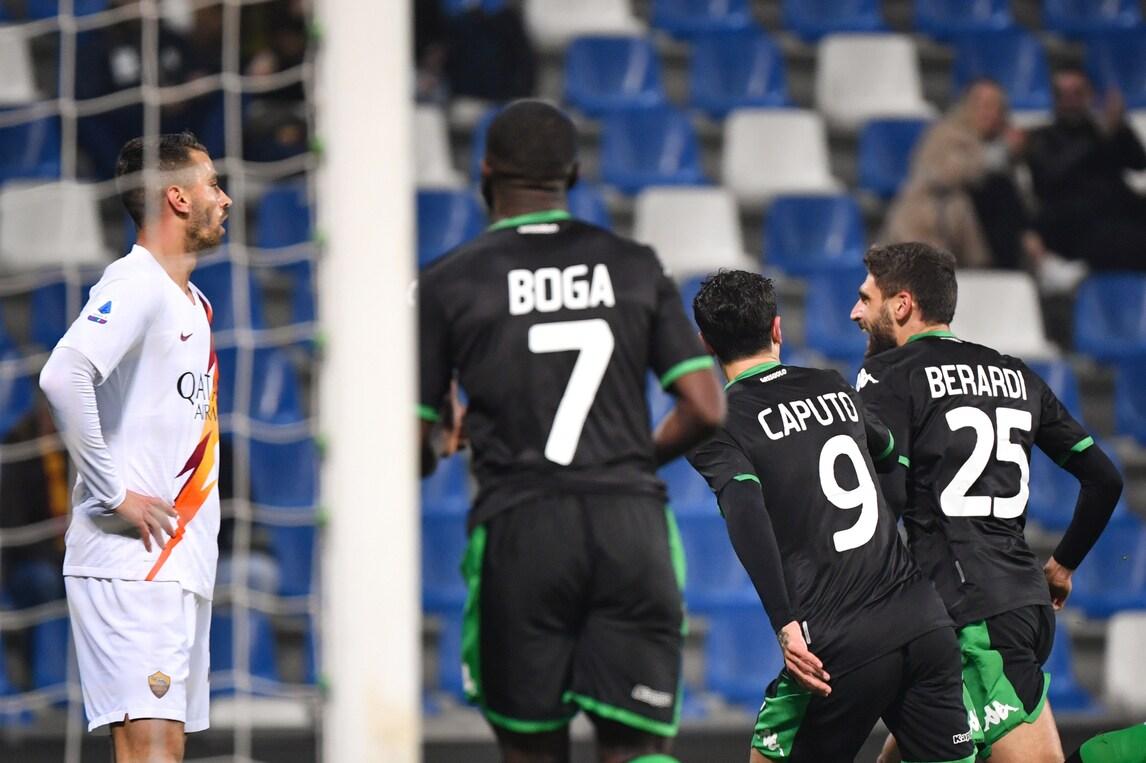 Dzeko fa 100 ma non basta: la Roma crolla contro il Sassuolo