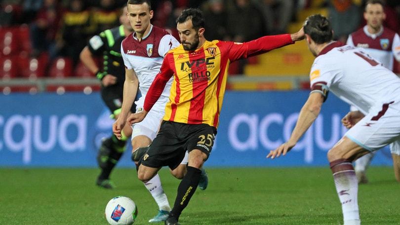 Benevento-Salernitana senza vincitori: a Djuric risponde Sau, 1-1