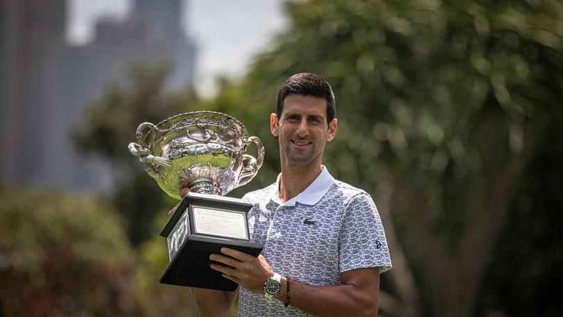 Classifica Atp, Djokovic sorpassa Nadal e torna al primo posto