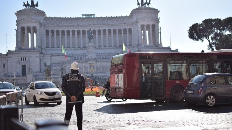 Limiti velocità auto: record di multe nel weekend a Roma