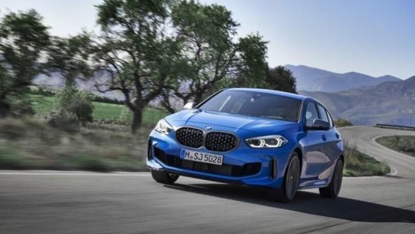 Nuova BMW Serie 1 regina di un videoclip musicale