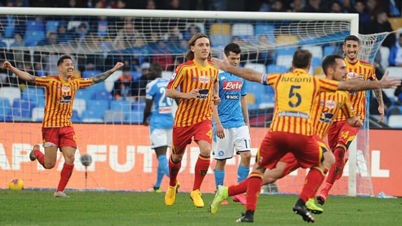 Clamoroso al San Paolo: il Lecce vince 3-2. Il Sassuolo batte la Spal
