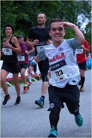 Napoli City Half Marathon 2020: la storia di Lukáš Petrusek, un gigante di 140 cm