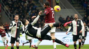 Milan-Juve, l'intervento di Calabria su Ronaldo