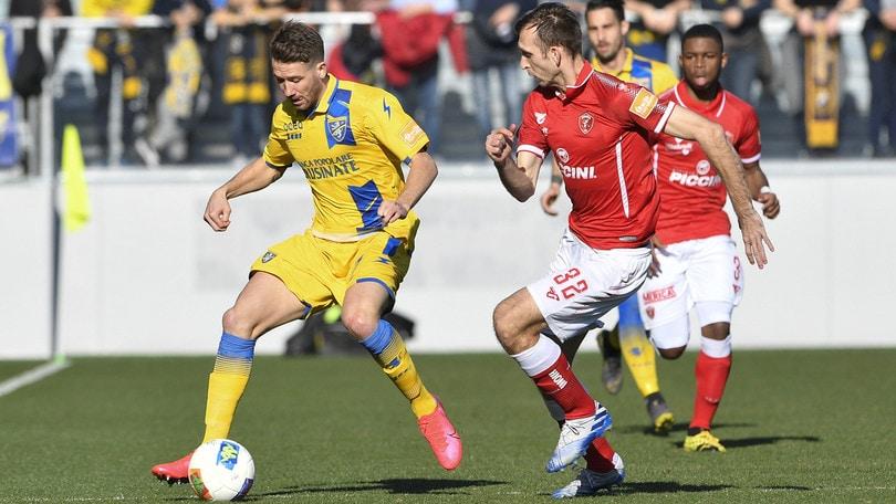 Nesta ringrazia Rohden: Frosinone-Perugia 1-0. Cremonese, show di Gaetano col Trapani