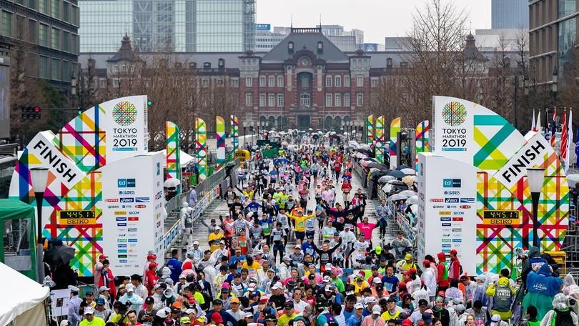 Coronavirus, annullata la Tokyo Marathon del 1 marzo. Possono correre solo i…