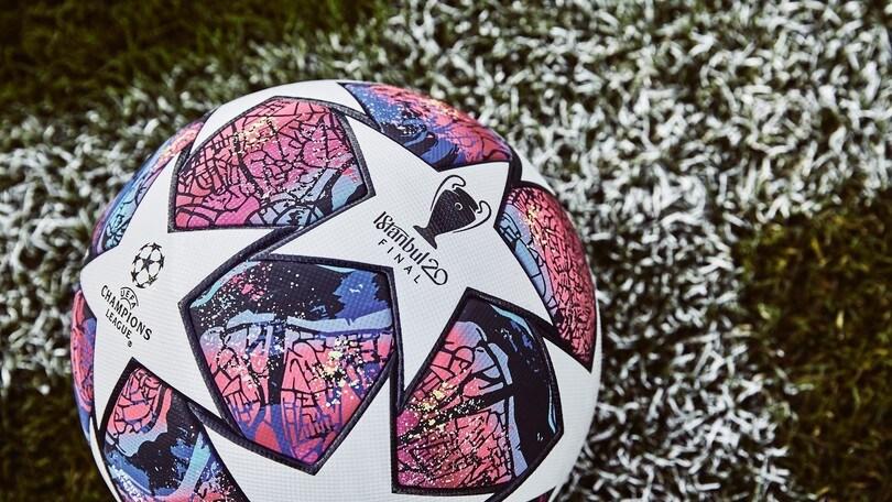 Champions League, svelato il pallone della finale: è Istanbul 20