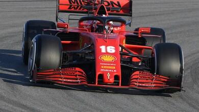F1, test Barcellona, giorno 1: Ferrari in pista